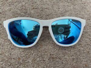 Goodr Iced By Yetis Blue & White Sunglasses Running Fitness Exercise