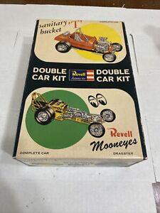REVELL DOUBLE DRAG SANITARY T & MOONEYES DRAGSTER ORIGINAL KIT! CIRCA 1963!