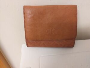 NICE QUALITY ITEM...LEATHER PURSE...WALLET...CALVIN KLEIN..AUTHENTIC..?..LEATHER