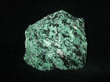 Zoisit Rubin 8,1x7,0x4,3cm Rohstein Tansania -Rohsteine-Heilsteine-Mineralien-
