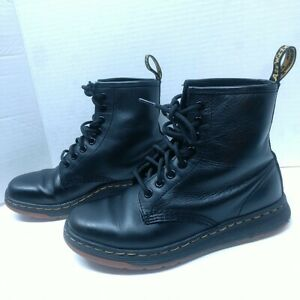 Dr. Martens Unisex Newton Boot Black Leather Lace Up Rubber Sole Women 6 Youth 4