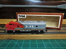 "TYCO #4015 HO EMD F7A Powered Passenger Locomotive ""WAR BONNET AT&SF"" RTR"