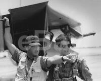 """Top Gun (1986) Tom Cruise, Tony Scott """"Director"""" 10x8 Photo"""