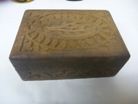 """Solid Wood Small Vintage Hand Carved 5"""" X 3 ½"""" X 2"""" Trinket Jewelry Box"""