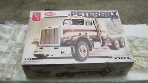 Peterbilt 359 Semi truck Model Kit By Ertl/Amt 1/25th Parts SEALED New  #6657