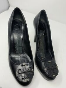Tory Burch Black Patent Leather Pump 9M Flawed
