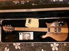 rickenbacker dekota 650 perfect condition with full manuel and official case