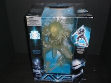 McFarlane Alien vs Predator Alien vs. Predator Movie Stealth Scar Predator 12 In