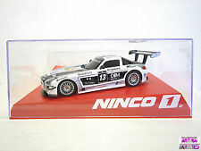NINCO #55084 slot car MERCEDES SLS GT3 BERGHOF 1:32 Comes with display case New