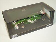 1/18 Jaguar Racing R1 Season 2000 Eddie Irvine