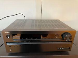 Sinto Amplificatore Onkyo TX-NR525 Home Cinema Surround Hi-Fi Streamer Spotify