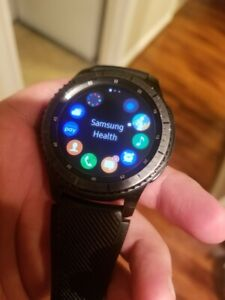 Samsung SM-R760NDAAXAR Gear S3 Frontier Smartwatch 46mm - Dark Gray, Gently used