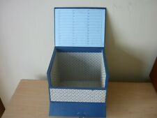 """1960s 7"""" RECORD STORAGE BOX HOLDS APPROX 50 SINGLES + INDEX CARD"""