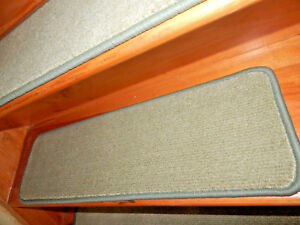 13 Step 9'' x 30'' +1 Landing 29'' x 30'' Tufted carpet Wool Woven Stair Treads.