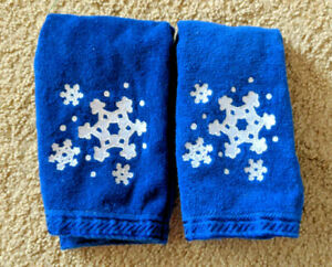 2 Festive Christmas Towels Snowflakes Embroidered Fingertip Hand Towels 10x16