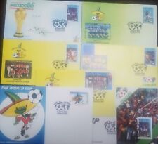 O) 1986 NEVIS, 1986 WORLD CUP SOCCER CHAMPIONSHIPS MEXICO, PIQUE PET, FOOTBALL S