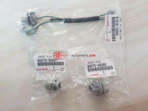 Genuine Toyota Supra 97-98 Front Turn Signal Light Lamp Plug & Socket Plugs