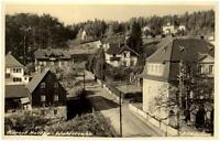 HARTHA Sachsen alte s/w Postkarte Ansichtskarte Häuser Partie i.d. Waldstrasse