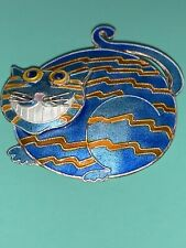 Blue Grinning Cheshire Fat Cat Laying Down Metal Brooch Pin RARE