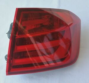 BMW 3 SERIES SEDAN F30 2011-16 RIGHT PASSENGER OUTER REAR TAIL LIGHT US RED OEM