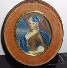 ANTIQUE MINIATURE PORTRAIT PAINTING IN OVAL FRAME