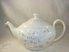 Vintage Wedgwood Bone China Wild Oats Platinum 4 Cup Teapot & Lid England