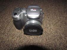 Kodak EasyShare Z740  5.0 megapixels Digital Camera - Silver