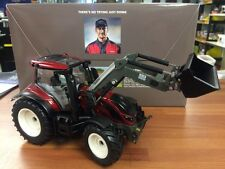 Valtra T194 In Red Scale 1/32 Wiking Toy Tractor With Loader