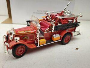 Seagrave Fire Truck Sound Beach Volunteer Fire Dept.1931, 1:32, Signature
