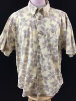 Crossings mens Hawaiian shirt size 3XL yellow tan floral button down collar
