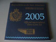 Coffret BU Sain-Marin 9 pièces avec 5€ Argent 2005