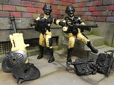 GI JOE ~ TWO 1993 YELLOW ALLEY VIPER  ~ ARMY BUILDER VIPER TEAM !!