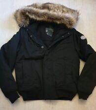Mens negro de invierno abrigo Ducha Resistente Super Calidad Abrigos Tamaño Pequeño BNWT