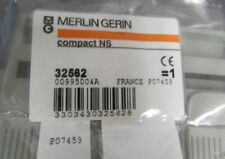 MERLIN GERIN SCHNEIDER Group Circuit Breaker Terminal Cover Shield 32562