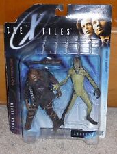 1998 The X Files Attack Alien with Caveman - Series 1 McFarlane Toys MOC