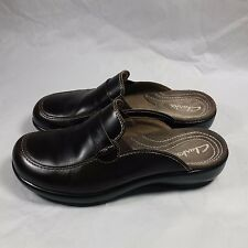 NICE Women's Clarks Comfort Slip-ons Shoes Slides Flats Brown Leather-7 M