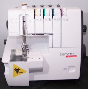 Bernette Funlock B42 Overlock Serger Machine