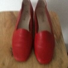 LADIES D'CHICAS RED SHOES SIZE 39