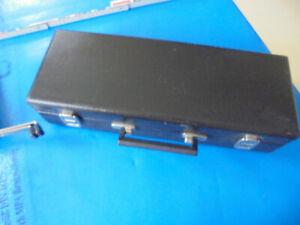 AMATI B-Klarinette, inkl. Koffer und Klarinettenständer, guter gebrauchter Zusta