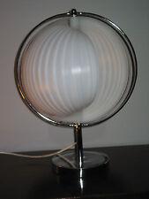 Lampe moon de VERNER PANTHON design 60/80 vintage pop art Diam 30 cm Haut 45 cm.