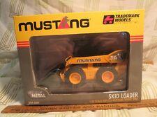 2001 Mustang Skid Loader 2105 1/25 Scale Trademark Ertl Models New in Box nr