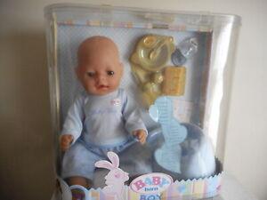 VINTAGE  BABY  BORN  BOY DOLL  (MAGIC EYES)  BRAND NEW IN BOX (FREE POSTAGE)