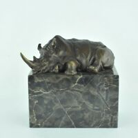 Statue Sculpture Rhinoceros Animalier Style Art Deco Bronze massif Signe
