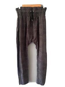 Lorna Jane  Elastic Waist Pants NWOT Size M