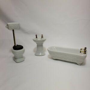 Dollhouse Miniature Complete Bathroom Set Toilet Bathtub and Sink in White 91400