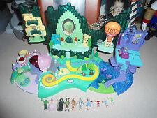 Wizard of Oz Polly Pocket Playset Lights Up Dorothy Witch Glenda Munchkins +++