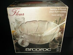 1970s Punch Bowl Set With 8 Glasses,Bowl And Ladel Boxed Complete Punch Bowl Set