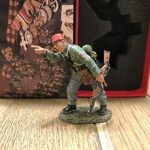 King & Country: Boxed Set WS254- German Pointing NCO