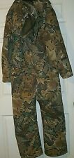 Hunting suit size medium  Made by 10X