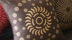 Decorative Cushion - Pillow - Brown - Gold